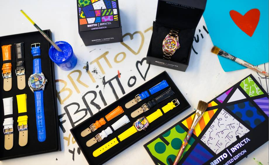 Watch background Britto